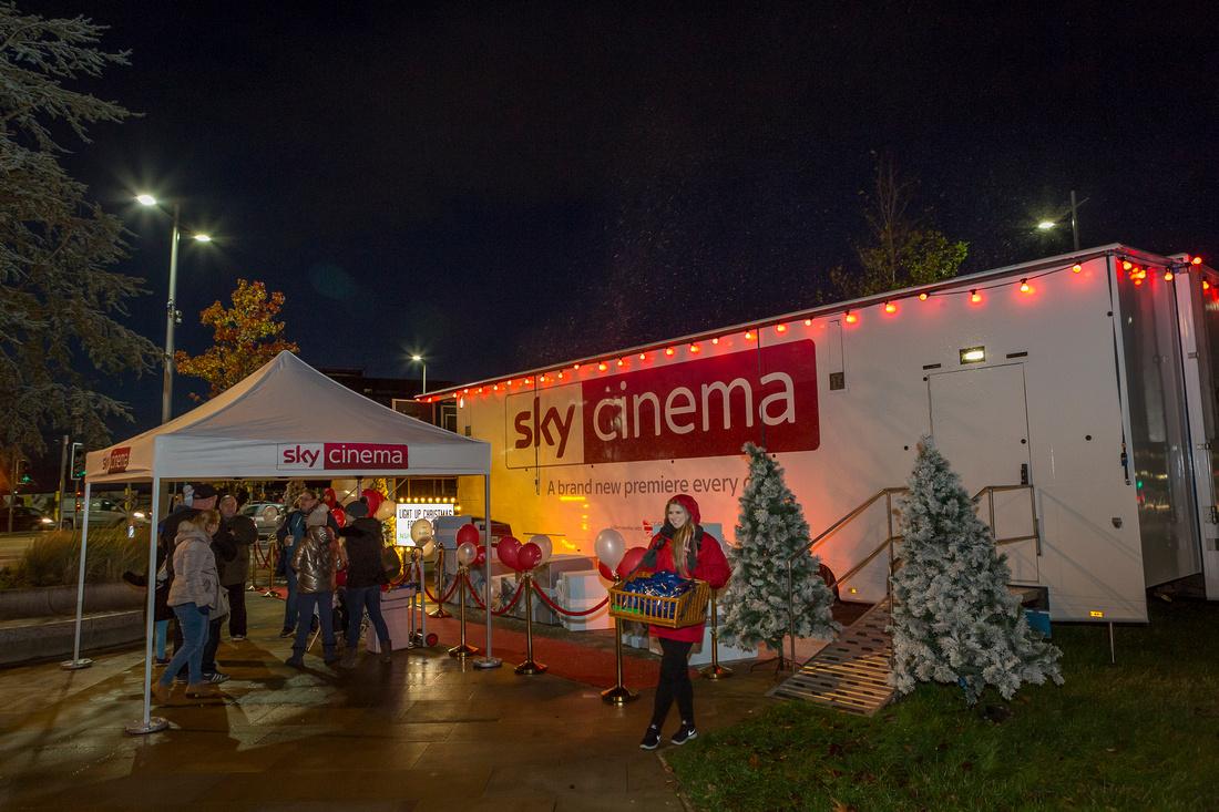 NSPCC SUNDERLAND LIGHTS SKY CINEMA TRUCK_23-11-17_DJW_043