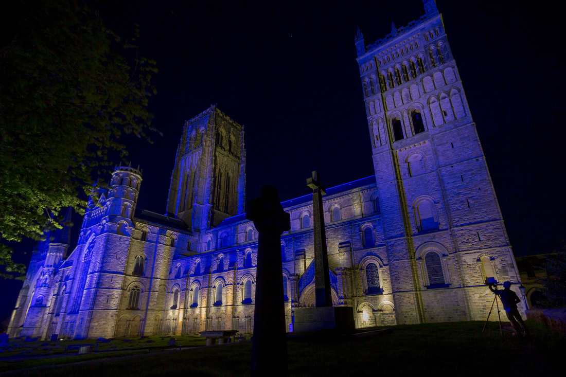 DURHAM-CATHEDRAL-TURNS-BLUE-FOR-THE-NHS_15-05-20_DJW_014